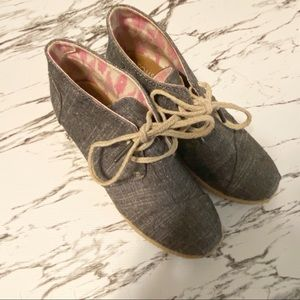 Toms Desert Chambray Grey Lace-Up Wedges
